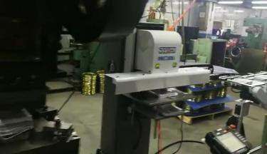 独立式机械手现场视频