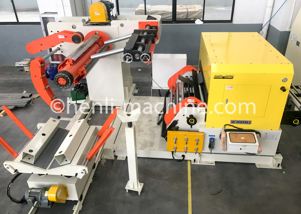 application of 3 in 1 NC servo uncoiler straightener&feeder