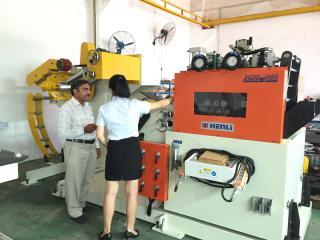 巴基斯坦客户采购高强版三合一送料机