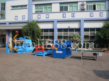 大型材料架生产线3