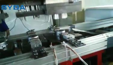 三次元机械手拉伸自动化工艺