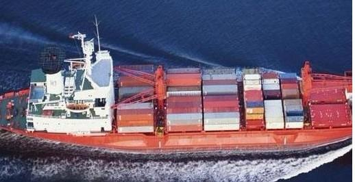 集装箱运输的成本与贸易交流